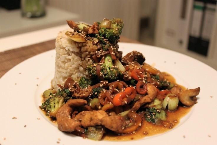 wok-gemuse-mit-huhn