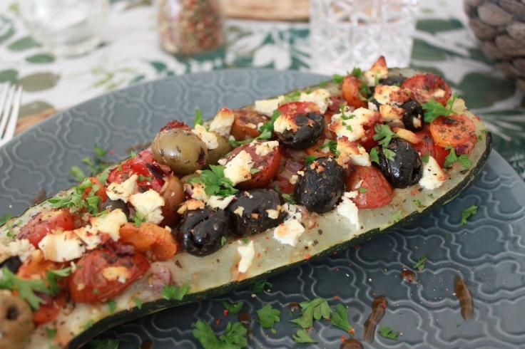 Gefuellte-Zucchini-greek-style